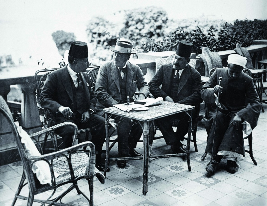 Abdl El Aziz Yehieh Bey, Lord Carnarvon, Mohamed Fahmy Bey, Monour Markay on the Terrace of the WInter Palace Hotell
