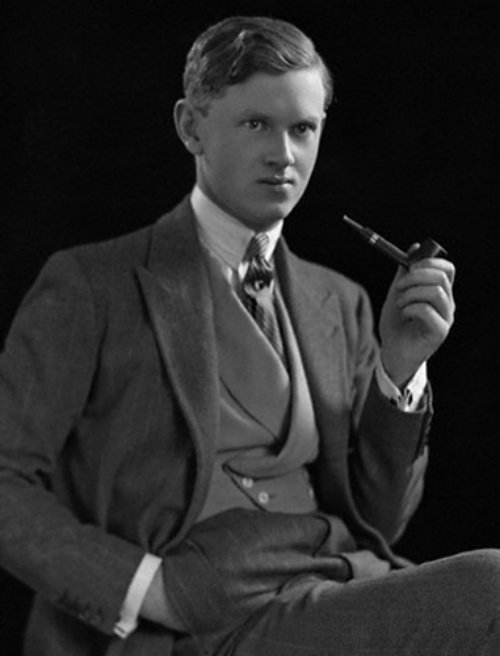 [Image: evelyn+waugh+with+pipe.jpg]
